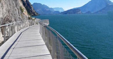 Новая велосипедная дорожка позволит велосипедистам объехать итальянское озеро Гарда