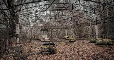 Экскурсанты пролетят над Чернобылем в честь 35-летия катастрофы